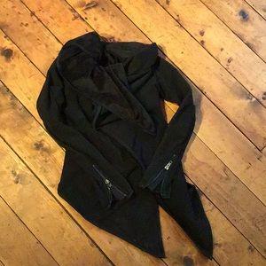 Lululemon jacket/warm sweatshirt